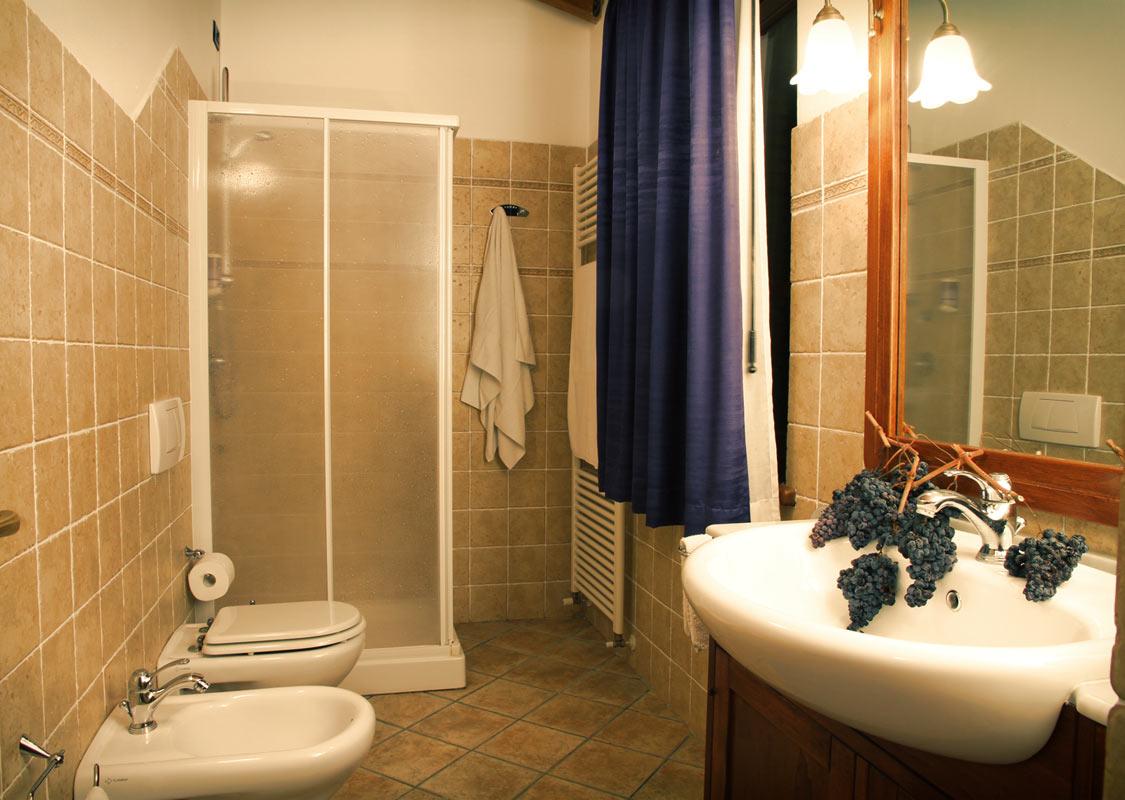 Camera colori del cielo camera per vacanze in valtiberina - Peretta per andare in bagno ...
