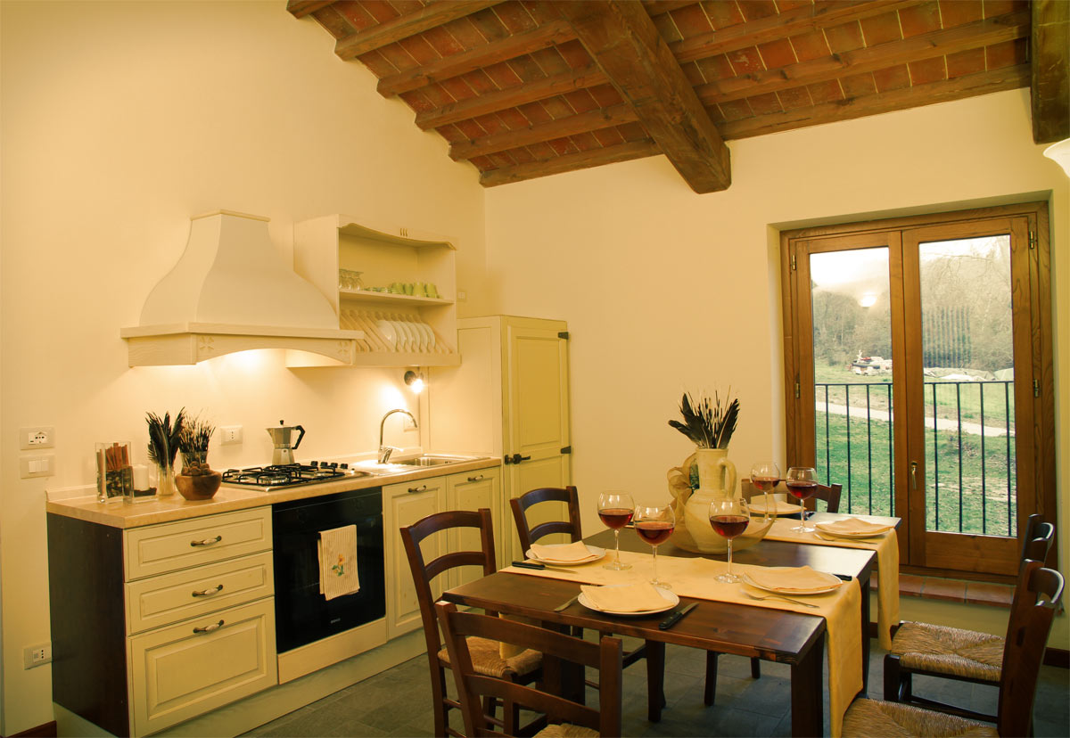 Affordable with arredamento toscano for Pezzi di arredamento