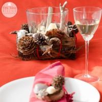 Riciclo creativo & Eco-Design in Toscana: centro tavola e sagnaposti natalizi dalla natura